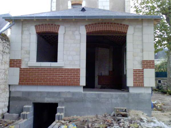 Agrandissement de maison en pierre restign 37 avec for Agrandissement maison zone inondable